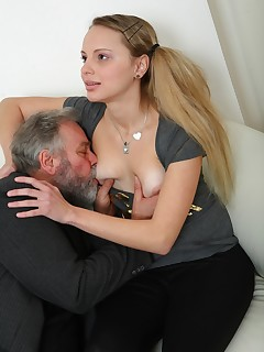 older pussy thumbnail pic