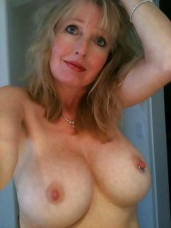 cougar pussy thumbnail pic