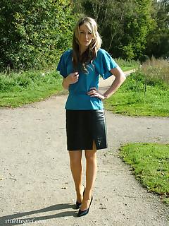 Draussen Muschi Bilder @ FemaleShaved.com