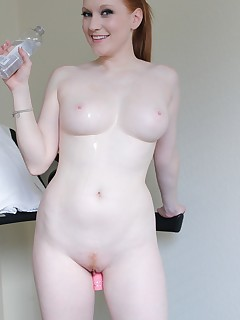 toy pussy thumbnail pic