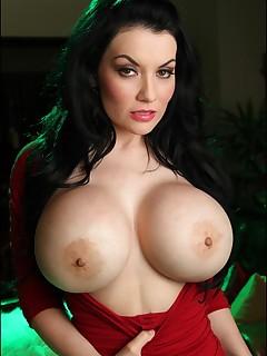 tits pussy thumbnail pic
